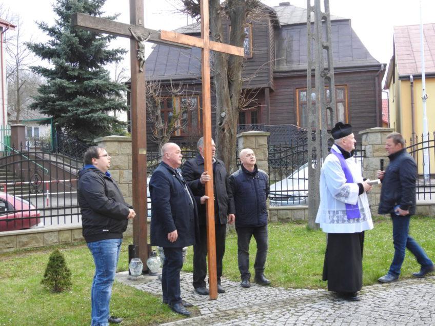 Droga Krzyżowa ulicami naszej parafii – 17 kwietnia 2019 r.