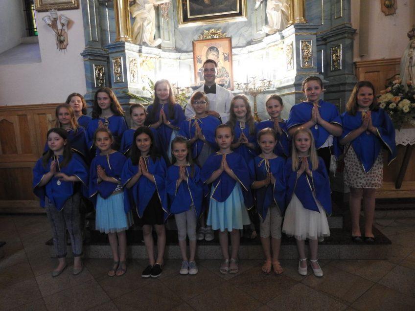 Ustanowienie nowych dziewczynek w Dziewczęcej Służbie Maryjnej – 12 czerwca 2019 r.
